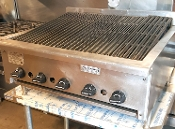"30"" Grill Char Broiler - Like New!"